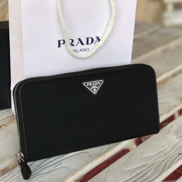 100% authentic b635b 1c660 Prada Nylon long zip around wallet 1ML506 Black NWT